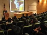 """Raúl Morales, académico de la Universidad de Chile, desarrolló en el Campus San Andrés la conferencia """"La Tierra: de Planeta Azul a Rojo""""."""