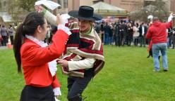 Con música y danzas tradicionales la Comunidad Universitaria inició la celebración de las Fiestas Patrias.