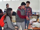 Pasantías, con laboratorios y talleres, permiten a los escolares experimentar la vida universitaria en UCSC Abierta.