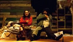 """""""El loco y la triste"""", que se presenta con nuevas funciones en el Centro de Extensión UCSC, se estrenó en 2013 en el Aula Magna de Concepción."""