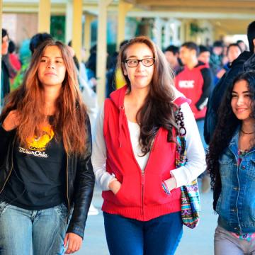 Estudio reveló hábitos alimenticios poco saludables en estudiantes UCSC