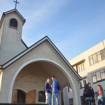 Las liturgias se realizarán en la Capilla Santa María Reina del Campus San Andrés.