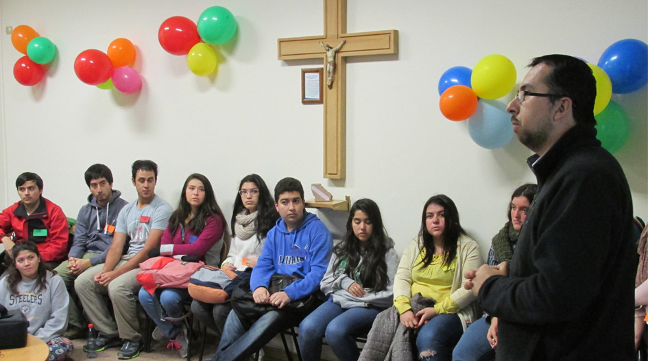 Pastoral recibió a alumnos novatos para integrarlos en actividades de servicio