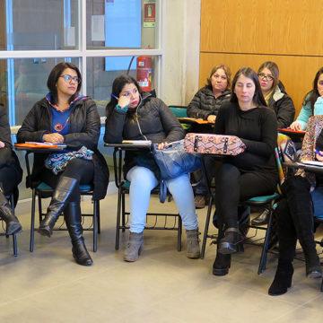 Proyecto que promueve vida saludable reunió a ex alumnos de pedagogía y empleadores