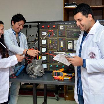 Seminario internacional se adentra en los desafíos que tiene la educación técnico profesional en Chile