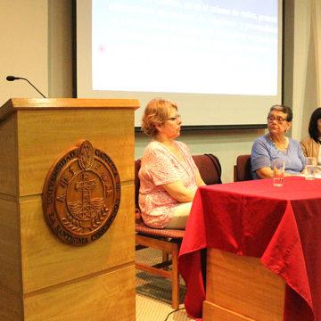 Trabajo Social profundiza sobre el rol de la familia en el cuidado del adulto mayor