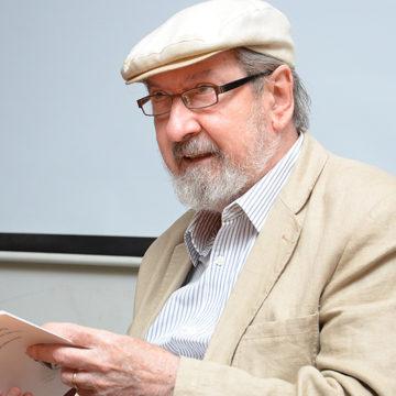 Premio Nacional de Literatura habló de la importancia de las humanidades en la UCSC