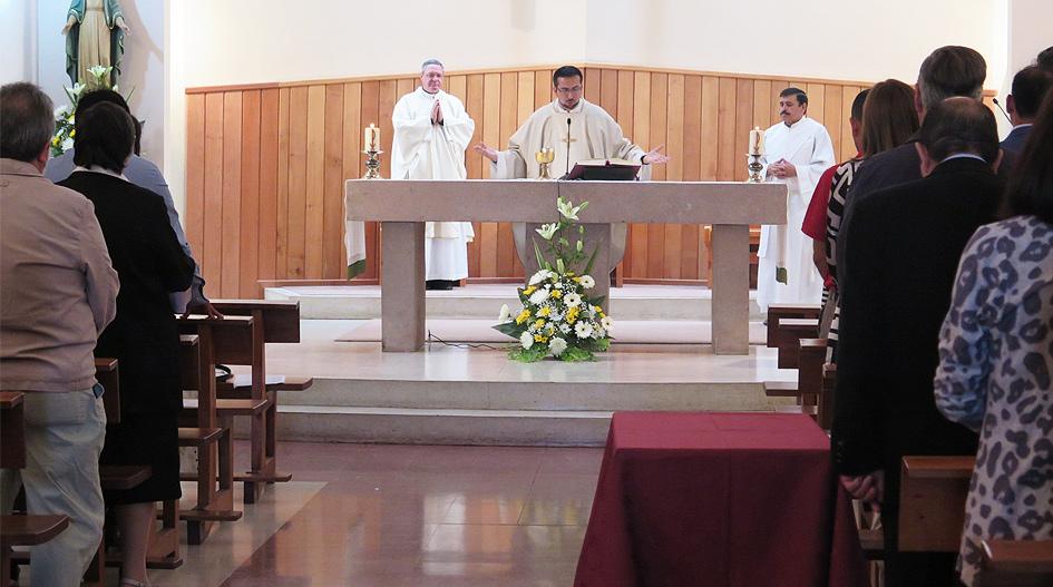 Comunidad Universitaria culmina año académico con Eucaristía
