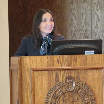Chile en el siglo XXI fue analizado por Carola Canelo en FACEA