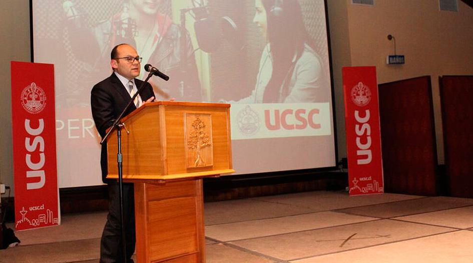 UCSC celebra con medios locales acreditación de Periodismo