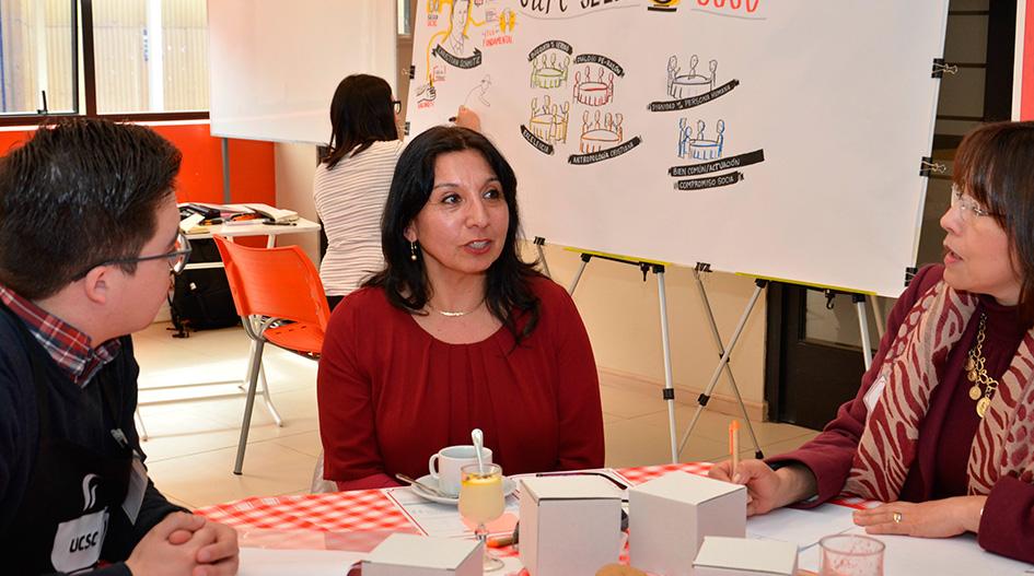 """""""Café Sello"""" reunió a representantes de la Universidad en torno a nuestra identidad"""