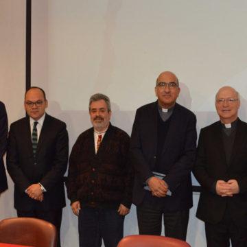 Visita del Papa a Chile y su contexto histórico fueron temas centrales en charla en la UCSC