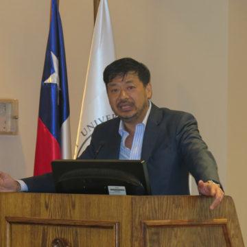 Realidad del mercado chino fue abordada en charla de la UCSC