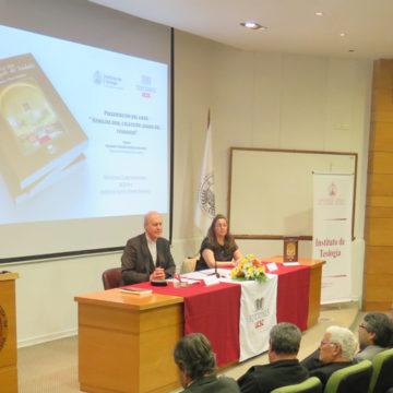 Libro de Homilías de Monseñor Moreno es presentado en la UCSC