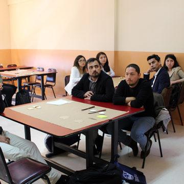 Talleres fomentan trabajo colaborativo en docentes de Enseñanza Básica