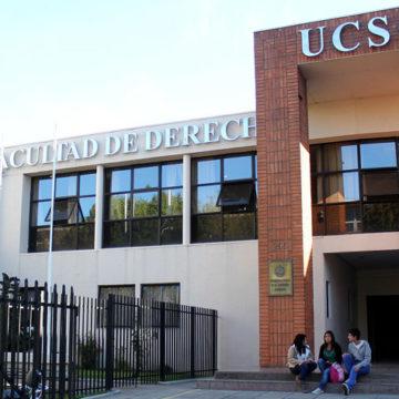 Estudiante de Derecho de la UCSC gana Premio Achipi 2017