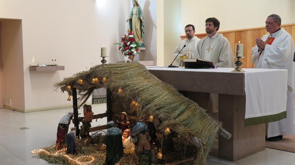 Comunidad Universitaria participa de tradicional misa navideña