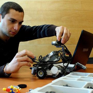 IT logra acreditar nueva carrera: Técnico en Automatización Industrial