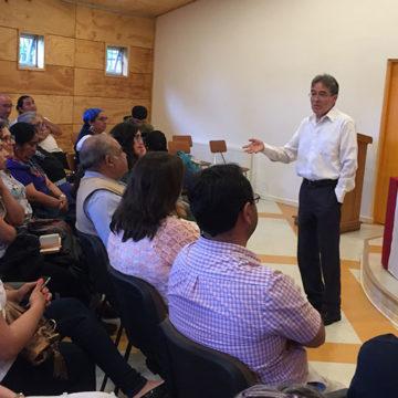 """Libro sobre """"Empacho en Chile"""" fue presentado en Sede Cañete del IT"""