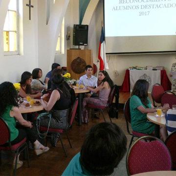 IT Chillán reconoció a sus estudiantes más destacados