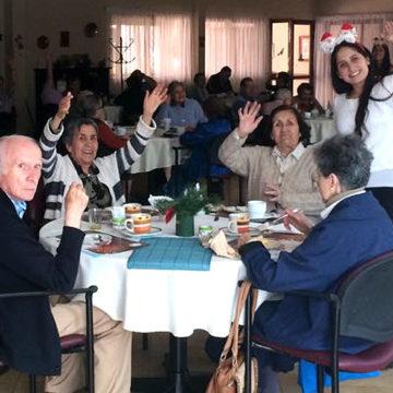 Residentes de hogar de ancianos tuvieron una celebrada Navidad