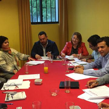 Académicos de IT Chillán se reúnen con equipos directivos de liceos técnicos profesionales
