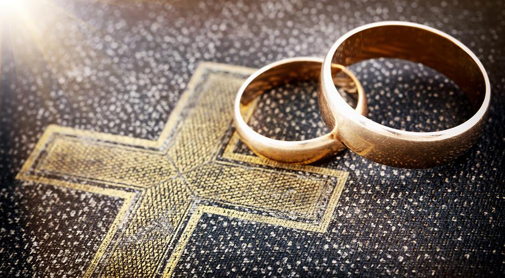 Matrimonio Universidad Catolica : Grupo de estudiantes de la puc comparó matrimonio homosexual con