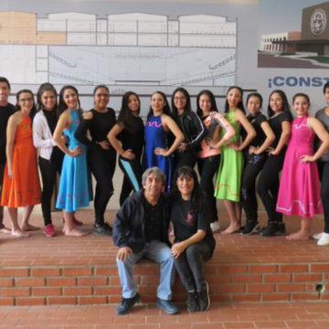 Elenco de Danza Moderna UCSC muestra su talento en tierra boliviana