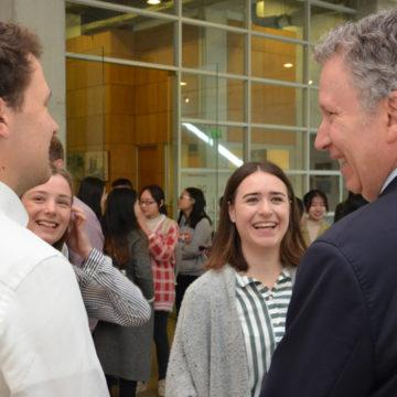Estudiantes extranjeros se incorporan a programas de pre y postgrado
