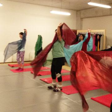 Proyecto FAEAC acercó la danza oriental a la Comunidad UCSC
