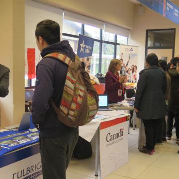 Primera Feria de Movilidad contó con activa participación de estudiantes