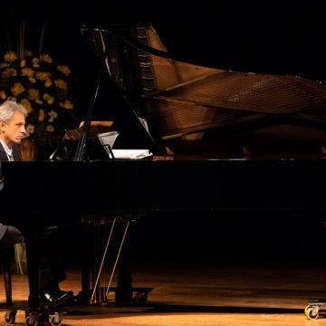 Concierto de piano recorre un siglo de música mexicana