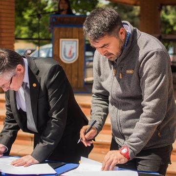 Sede Chillán de IT UCSC reconoce aprendizaje a escolares de Ñiquén