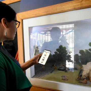 Galería de la Historia cuenta con audios en 5 idiomas gracias a Programa de Español para Extranjeros UCSC