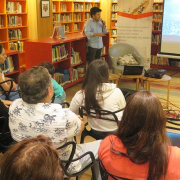 Introducción de salmones en Chile marcó primera charla de CIBAS en Biblioteca Viva
