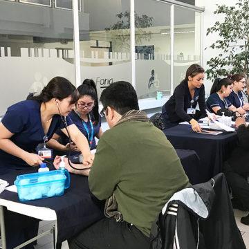 Estudiantes de Enfermería participaron en actividad por mes de la medición arterial