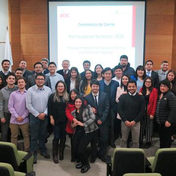 Emprendedores de Coronel recibieron asesoría de estudiantes de Ingeniería Civil Industrial
