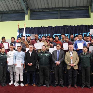 Internos del CCP Bio Bío se certifican en oficios