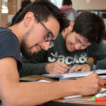 Programa de acompañamiento a estudiantes de Ingeniería se adapta durante la pandemia