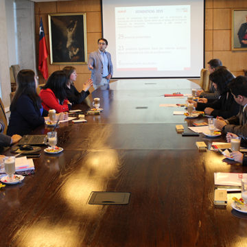 Red Alumni entregó fondos para desarrollo de iniciativas