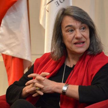 Premio Nacional de Historia participó en conversatorio en la UCSC