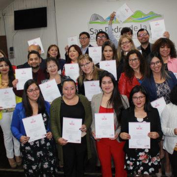Dirigentes Sociales de San Pedro de la Paz finalizan Diploma de Liderazgo Moderno