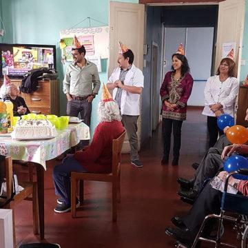 UCSC desplegó voluntariado técnico en Hogar de Ancianos San José de Tomé