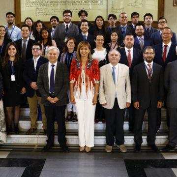 Profesor Fernando Saenger inaugura curso de Derecho Parlamentario de la Cámara de Diputados