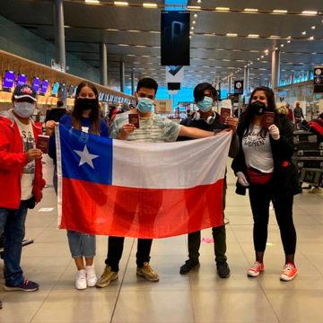 Estudiantes UCSC de intercambio en Colombia retornaron al país