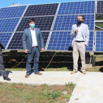 UCSC inaugura MicroRed de energías limpias para investigación, docencia y autoabastecimiento