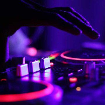Conversatorio ofrece paseo por música electrónica colombiana