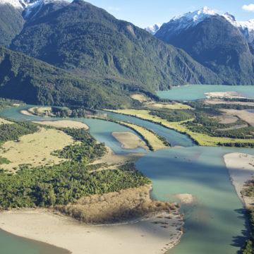 Del río Puelo al fiordo Reloncaví: Investigación analizó impactos sobre aportes de agua dulce